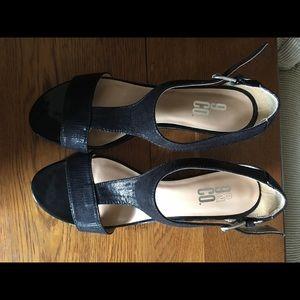Sandals 9 & co